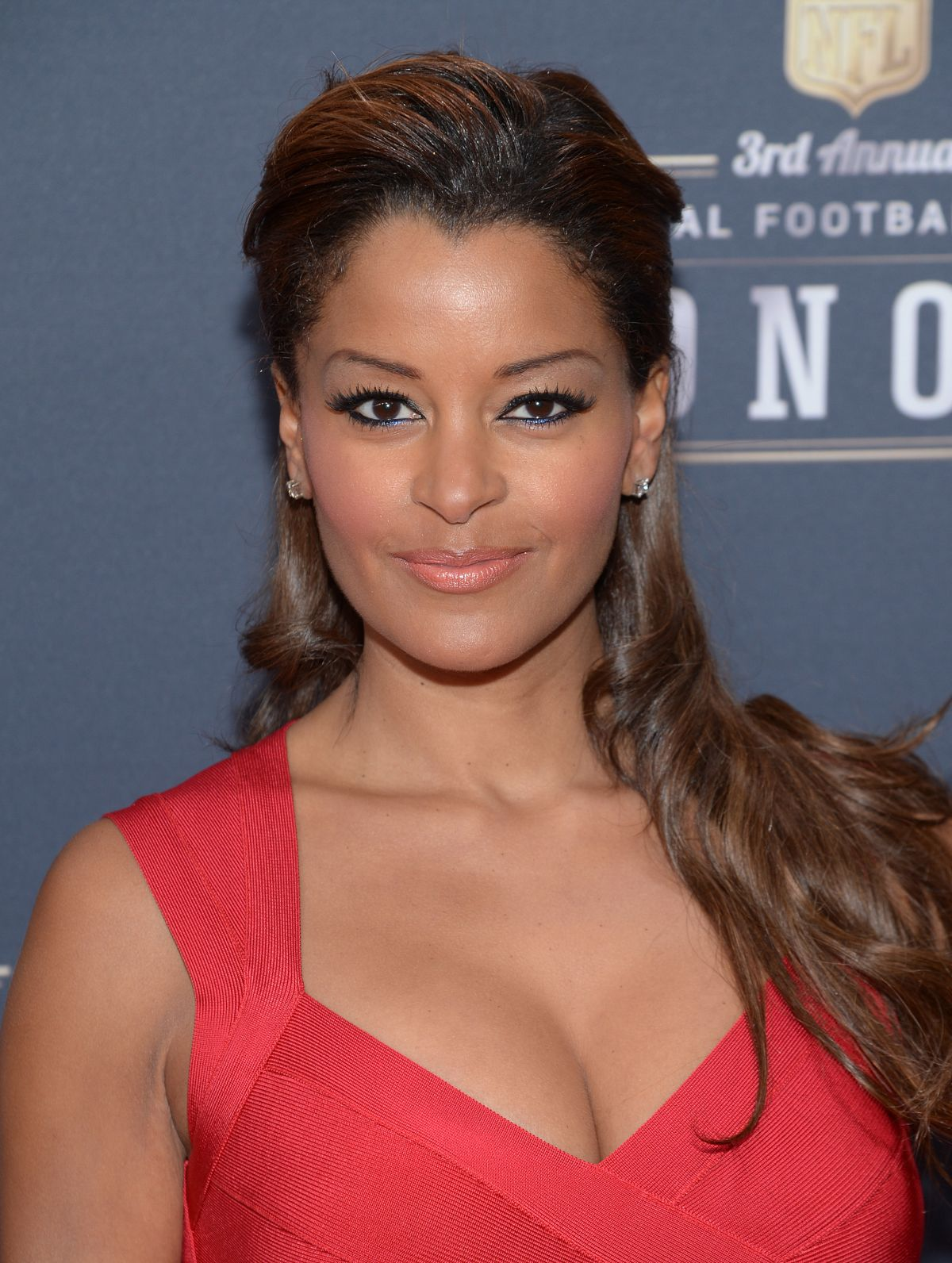 Claudia Jordan graphic